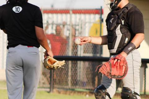 Brownfield baseball hosts district rival