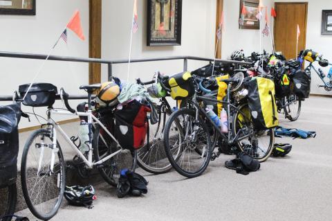 Biking across the USA tour stops at Cavalry Baptist Church