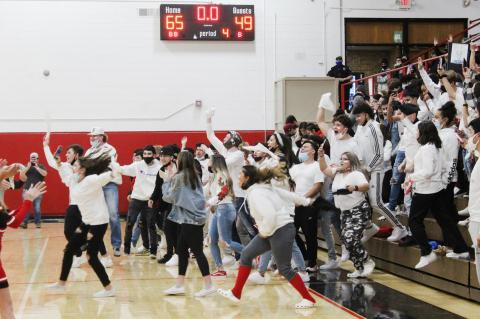 CUBS DEFEAT BOBCATS WIN OUTRIGHT DISTRICT TITLE