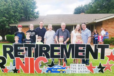 Mr. Nic receives retirement send-off from community