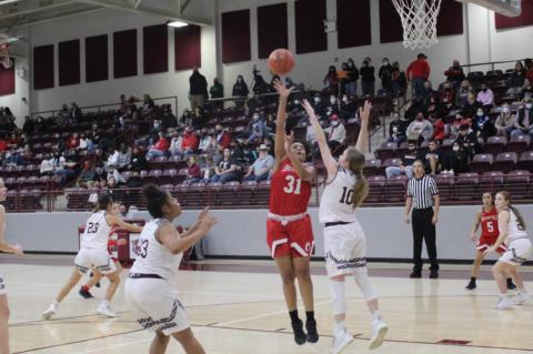 Lady Cubs earn first outright district