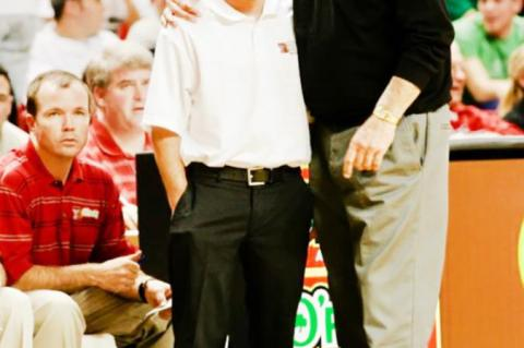 Brownfield alum named new mens basketball head coach