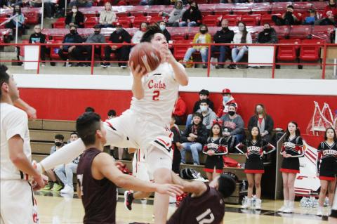 Wildcats pounce on cold shooting Cubs