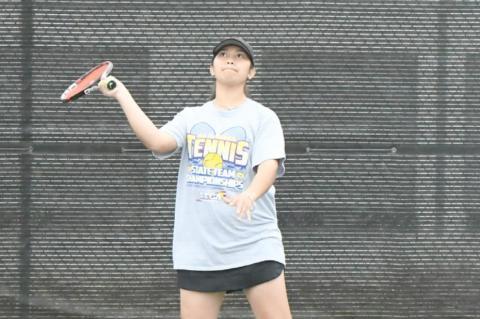 Brownfield tennis compete at Regional meet