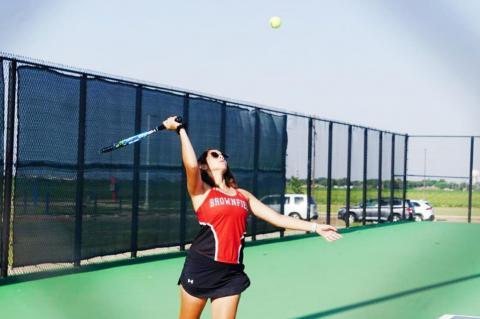 Brownfield tennis earns road win at Lamesa