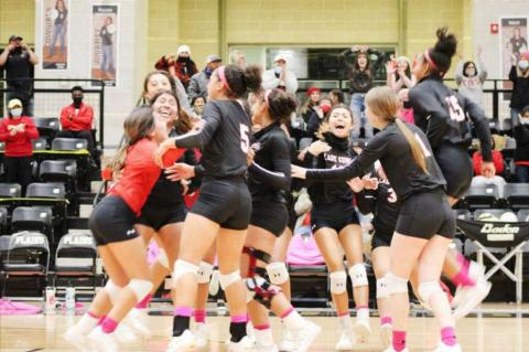 Lady Cubs sweep Anthony in first round action