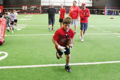 Brownfield football holds mini camp