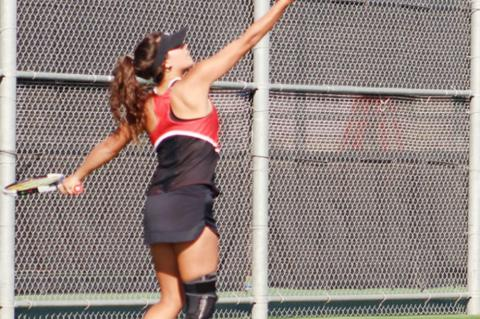Cubs Tennis host SPCHEA in tune up match before Bi-District playoff
