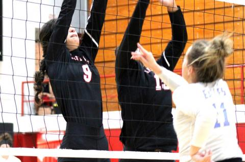 Lady Cubs sweep Lady Eagles