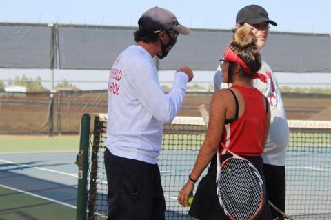 Brownfield tennis host Levelland in vital duel
